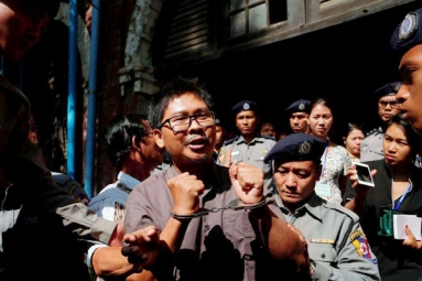 U.S. Joins in Outcry against Myanmar's Jailing of 2 Reporters